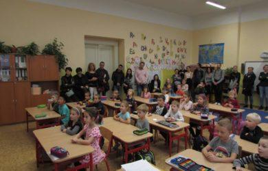 Prvňáčci oslavili měsíc ve škole